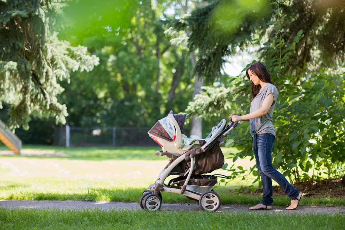 Breastfeeding tips woman pushing a stroller