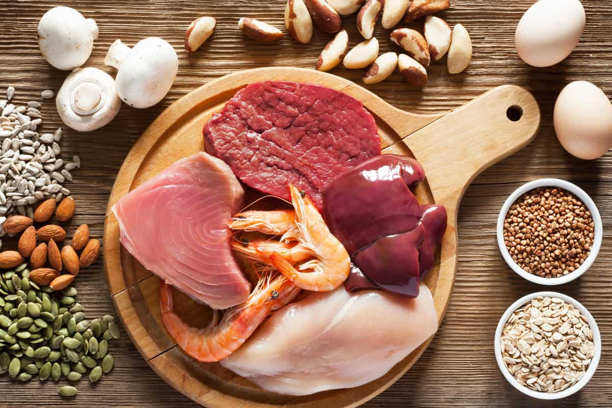 hypothyroidism vs. hyperthyroidism lean meat spread